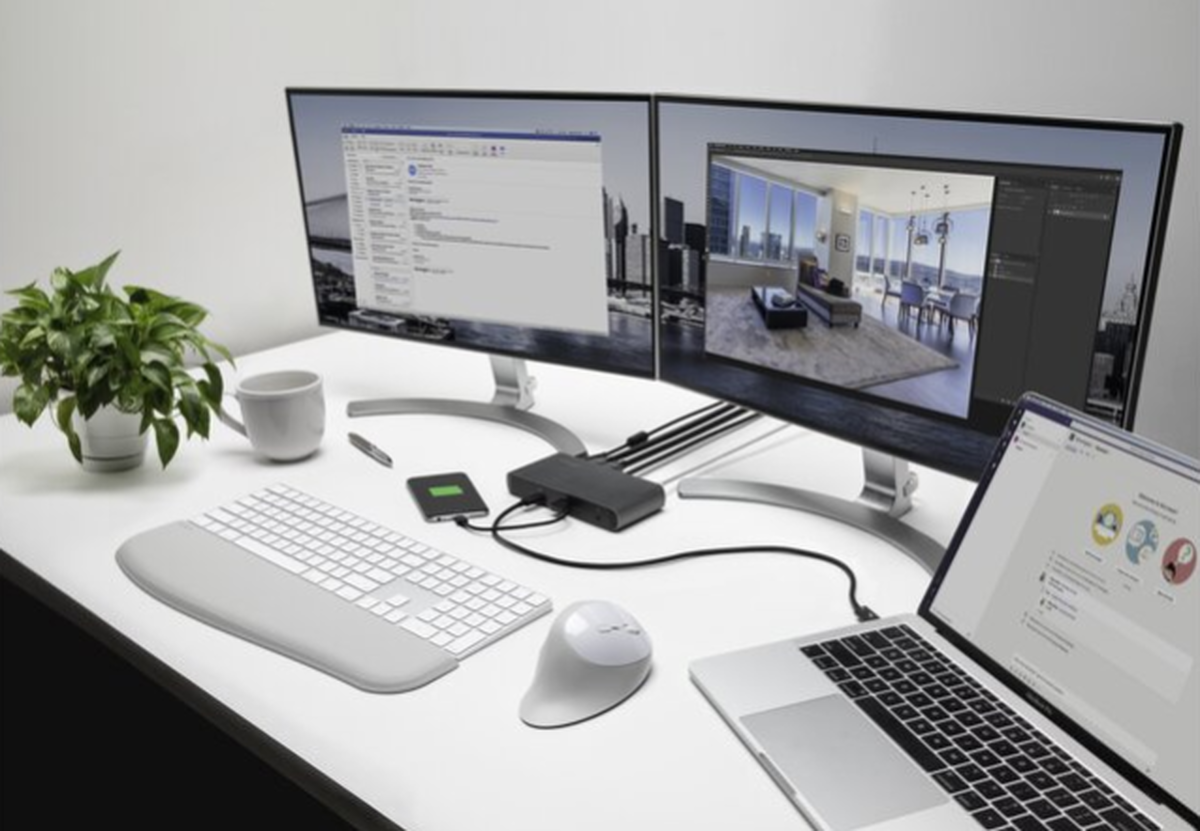 What is the speed of laptop docking station dual monitor data transfer?
